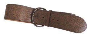 Gap wide southwestern leather belt