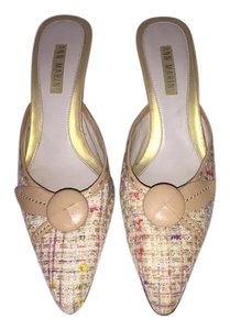 Ann Marino multicolor Pumps