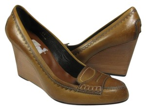 Tod's brown Pumps
