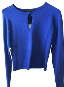 Guess 76% Cotton 22% Nylon 2% Spandex Sweater