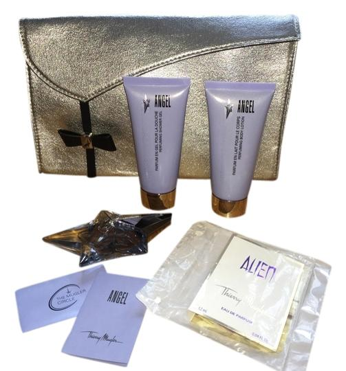 Preload https://item2.tradesy.com/images/angel-by-thierry-mugler-gift-set-fragrance-1943506-0-0.jpg?width=440&height=440