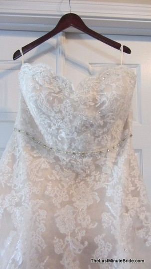 VENUS 8651 Wedding Dress