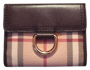 Burberry Burberry Wallet. Like New!