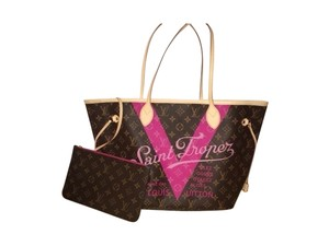 Louis Vuitton Saint Neverfull Monogram Tote in Brown/Hot Pink