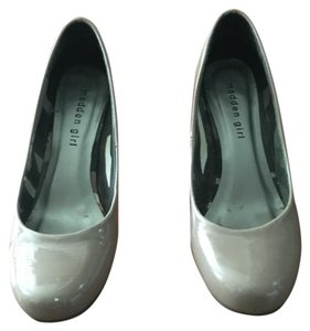 Madden Girl Nude patent Pumps