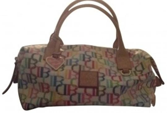 Preload https://item1.tradesy.com/images/dooney-and-bourke-large-multi-db-small-duffel-lb807-white-coated-canvas-satchel-194360-0-0.jpg?width=440&height=440