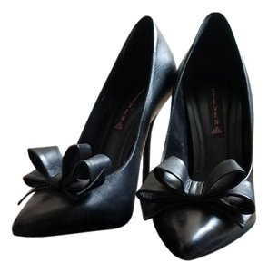 Steven by Steve Madden Leather Bows Black Pumps