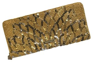 BCBGMAXAZRIA Bcbg Sequin Evening Gold Clutch