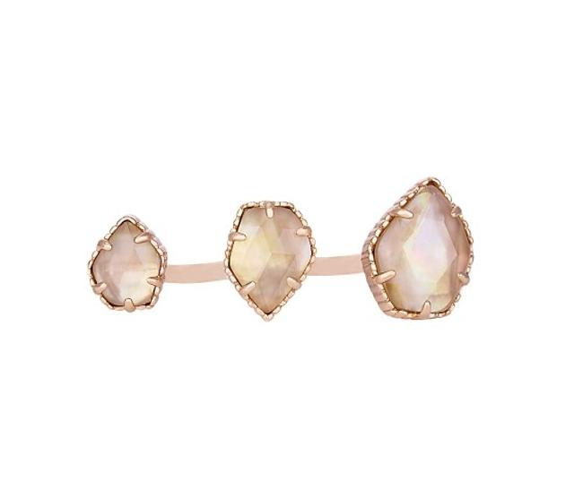 Item - Brown Naomi Double In Pearl Ring