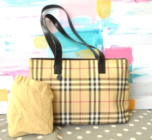 Beige Burberry Bags - Up to 90% off at Tradesy b3d4fcb69519b