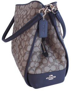 Coach Signature Phoebe Shoulder Bag