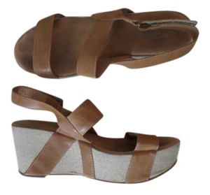 Antelope Light brown and beige Wedges