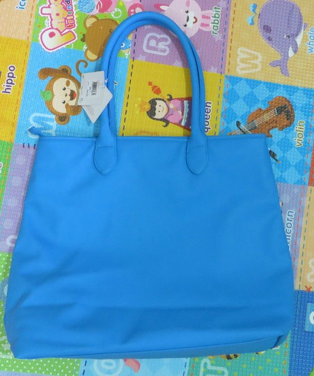Puma Tote in Blue Image 2