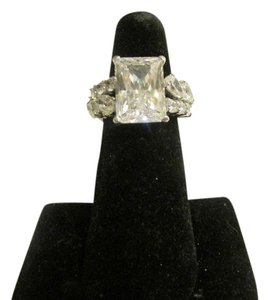 Victoria Wieck Victoria Wieck of Beverly Hills .925 Sterling Silver Absolute Rectangle Shape Ring with Rounds, Pear Shape Stones on the sides Size 7