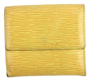 Louis Vuitton Yellow Trifold Wallet 33LVA909