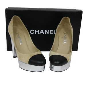 Chanel Graffiti Woc Cambon Louboutin 120mm Beige Pumps