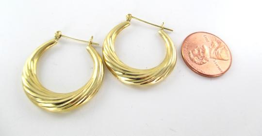 Other 14KT YELLOW GOLD EARRINGS HOOP SMALL DENTS FINE JEWELRY JEWEL RIBBED 2.4 GRAMS Image 1