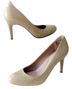 Lands' End Nude Pumps