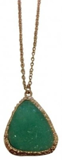 Preload https://item2.tradesy.com/images/turquoise-necklace-194396-0-0.jpg?width=440&height=440
