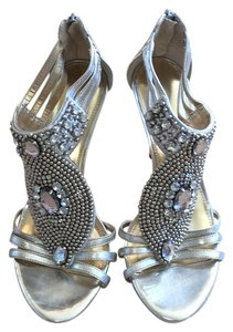 Antonio Melani Silver Pumps