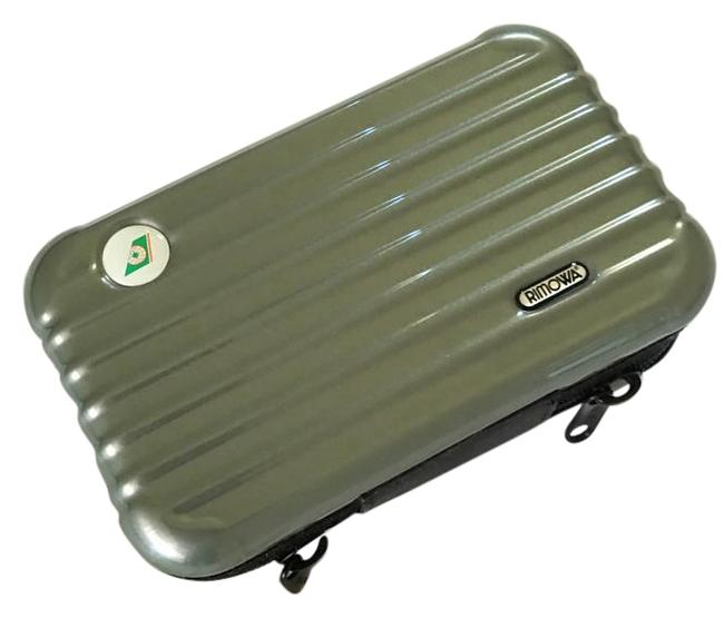 Item - Earthy Olive Green Eva Airways Royal Laural Class Overnight Kit By Cosmetic Bag