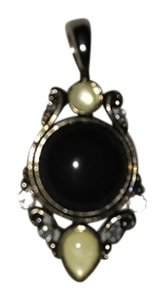 Vintage Black Onyx Pendant. Just Add a Necklace or buy one of my 16 or 18 inch Snake Necklaces to put it on!