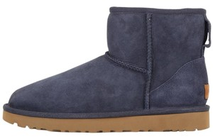 UGG Australia Mini Sheepskin navy Boots