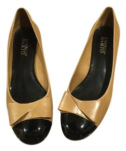 Franco Sarto Tan and black Pumps