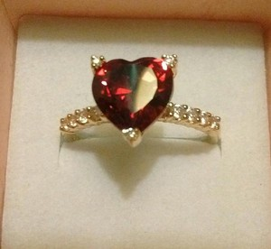 NYEsquisite Blood Red Ruby Heart & Diamonds Ring sz9