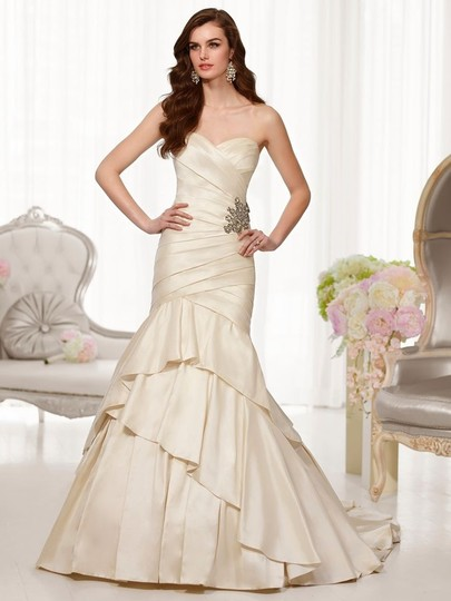 Essense Of Australia D1497 Wedding Dress
