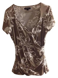 Banana Republic Floral Wrap V Neck T-shirt Top Tan