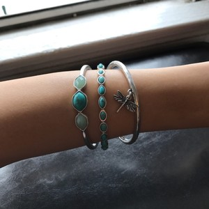 Lucky Brand Silver-tone Turquoise Dragonfly Bangle Bracelet set