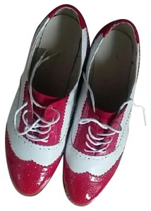 Oxford red/white Flats