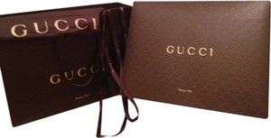 21513928cf26 Gucci Shopping Ribbon Dust Cover Paper Shopping Tote in Brown