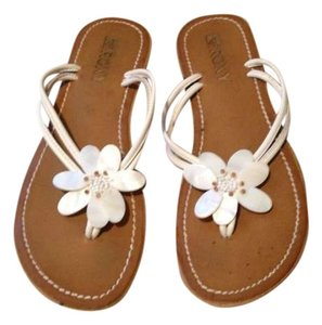 Roxy White and Camel Sandals