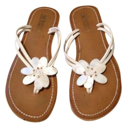 Preload https://item4.tradesy.com/images/roxy-white-and-camel-sandals-size-us-9-194458-0-0.jpg?width=440&height=440