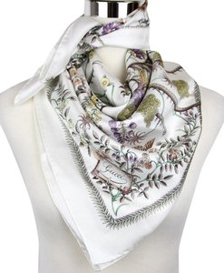 Gucci New Gucci Large White Floral Silk Foulard Scarf 303156 9079