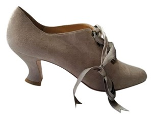 Kenneth Cole Shootie Keneth Taupe Pumps