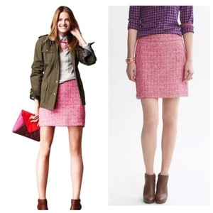 Banana Republic Tweed Classic Machine Washable Chic Stylish Mini Skirt Pink