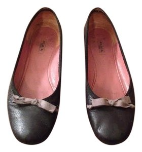 ALAÏA Leather Ballerina Ballet Bow Black & Gray Flats