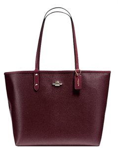 Coach Reversible 2 In 1 Tote in OXBLOOD/BURGUNDY