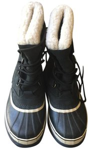 Sorel Black with white fleece Boots