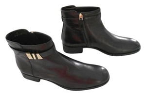 Tod's Stylish Gold Tone Accents Made In Italy Black Boots