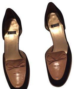 Stuart Weitzman Black and tan. Pumps