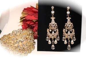 Bella Tiara Stunning Gold Vintage Wedding Chandelier Earrings And Bracelet Set