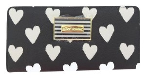 Betsey Johnson Bone black /bone hearts/ Bi Fold snap closure wallet/
