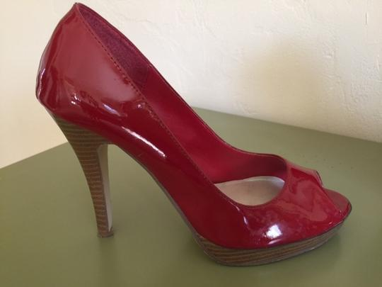 Delicious Patent Leather red Pumps