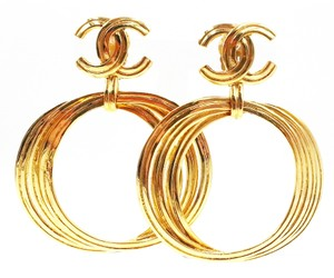 Chanel Vintage Chanel Gold Plated CC Multi Ring Large Clip on Earrings