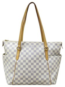 Louis Vuitton Lv Damier Azur Totally Mm Shoulder Bag