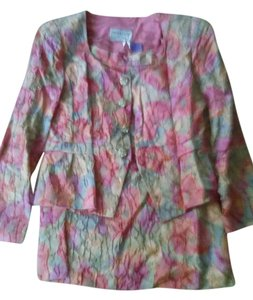 Victor Costa victor costa crinkled skirt suit